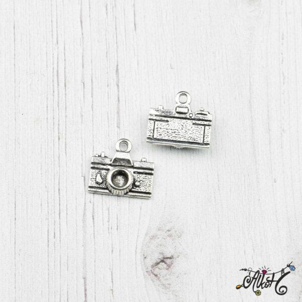 Fényképezőgép fityegő, medál 3