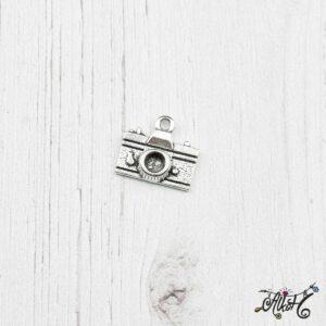 Fényképezőgép fityegő, medál