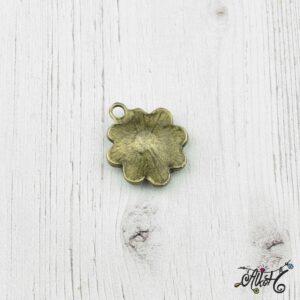 Antik bronz virág medál