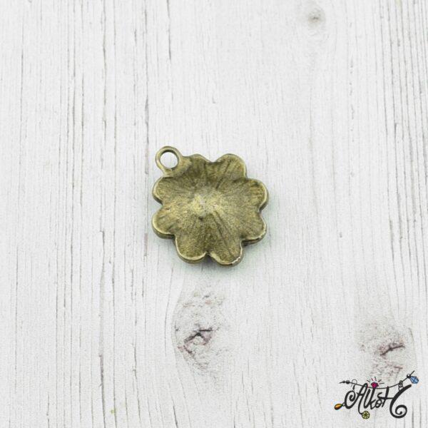 Antik bronz virág medál 1