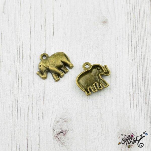 Elefánt fityegő, medál 2
