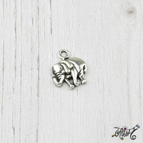 elefant-medal-charm-tibetiezust