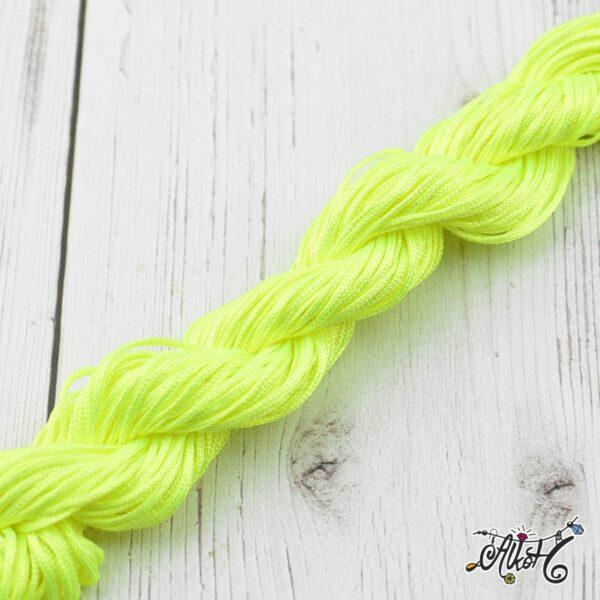 neon-sarga-zsinor-selyem-1mm
