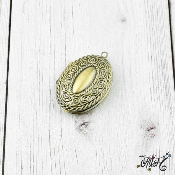 Nyitható medál, antik bronz 2
