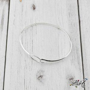 Ezüst színű vékony karkötő alap