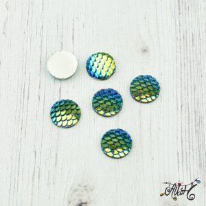 Kék-zöld pikkely mintás kaboshon (12mm)